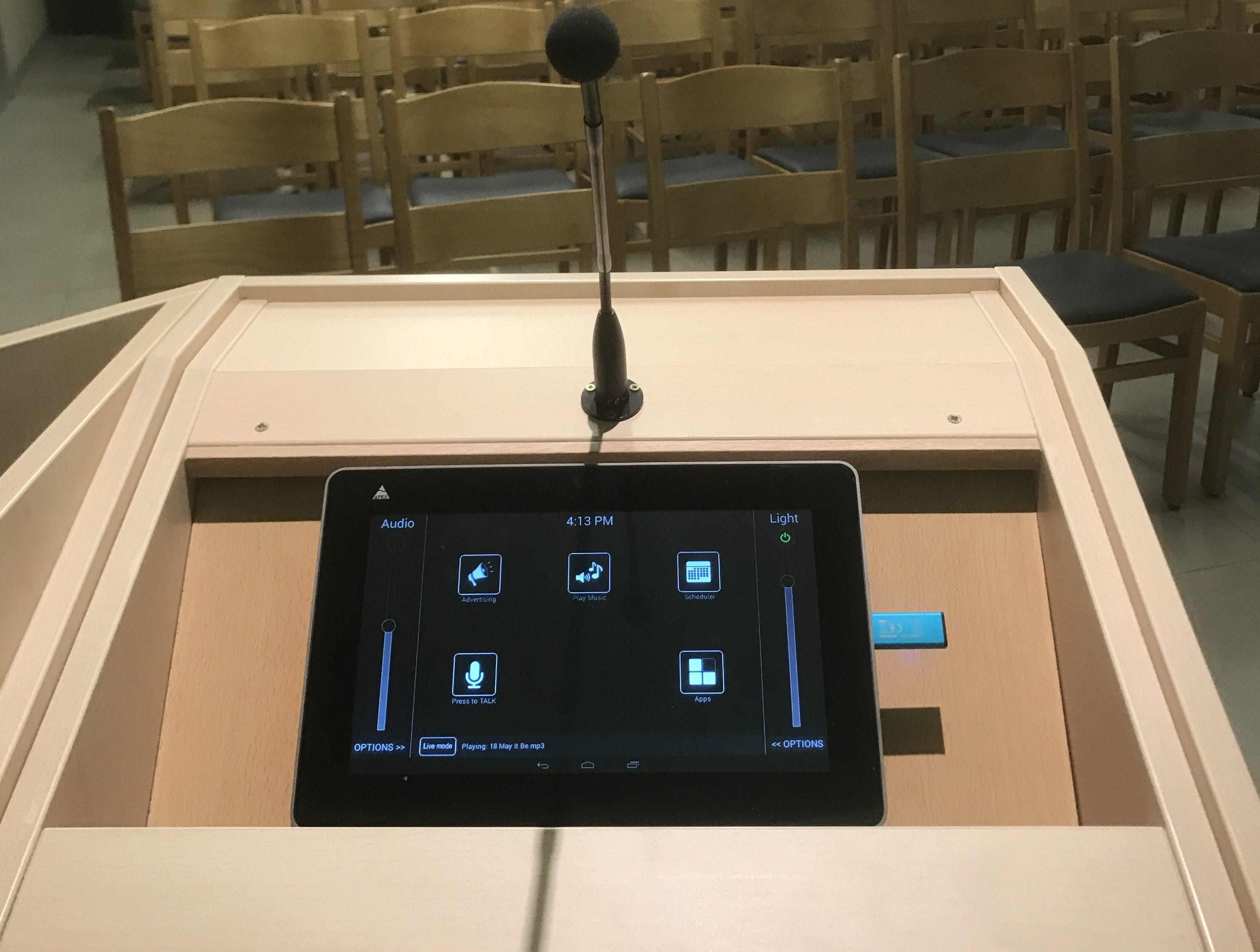 Apex Liviau Aula Control system